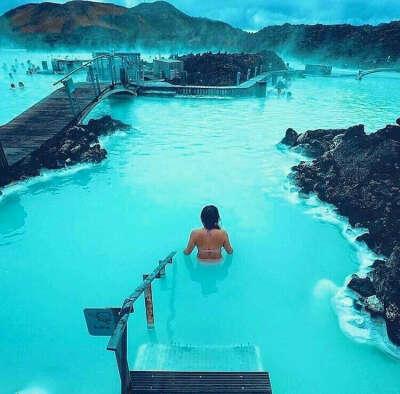 В голубую лагуну в Исландии