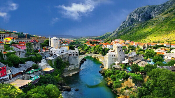 Побывать в Албании