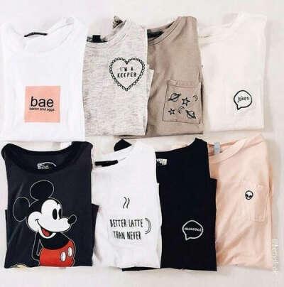Много маек и футболок на лето