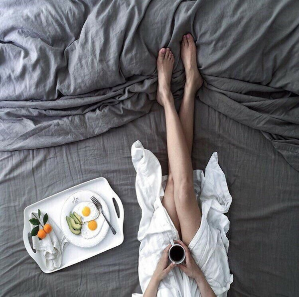 Большую мягкую кровать
