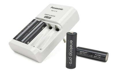 Зарядное устройство Panasonic BQ-CC16 2 часа + аккумуляторы eneloop Pro AA