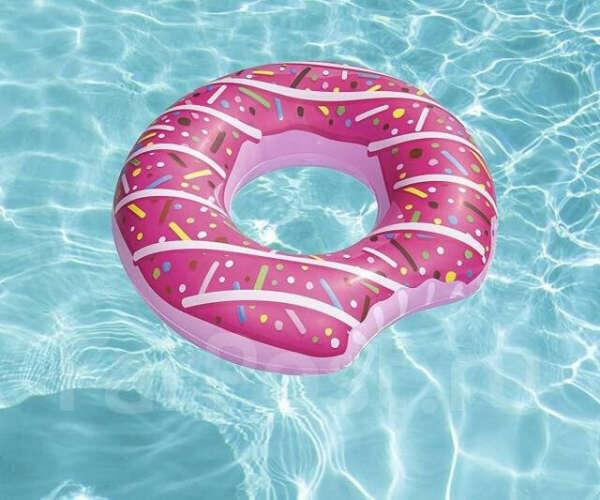 Надувной круг Розовый пончик