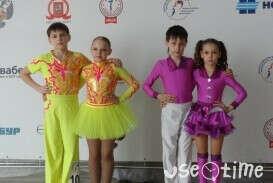 """Клуб акробатического рок-н-ролла """"ФОКС"""""""