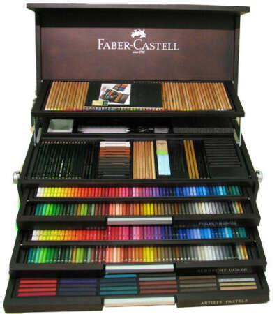 Очень хотелось бы набор карандашей Faber Castell