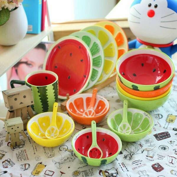 Яркая фруктовая посуда