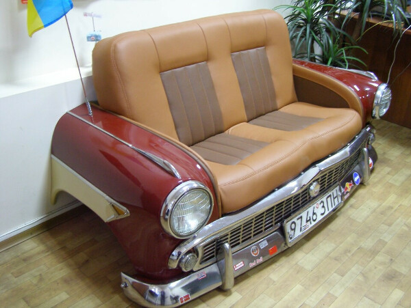 Сделать диван из автомобиля