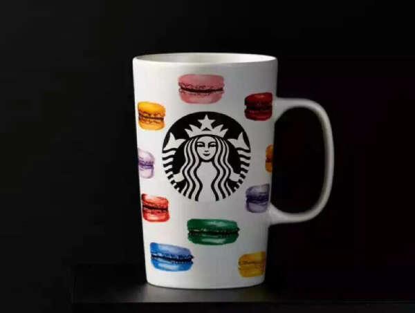 Starbucks mug with macaroons