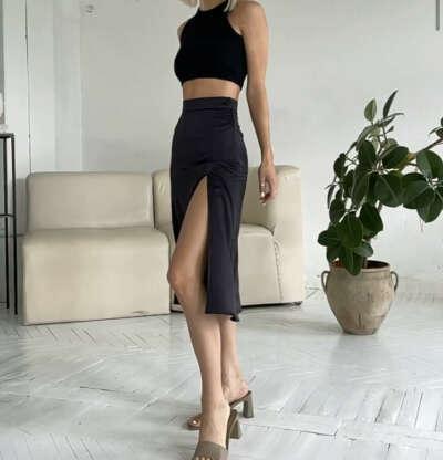 Чёрная юбка из шелка, размер ru 42 (xs)