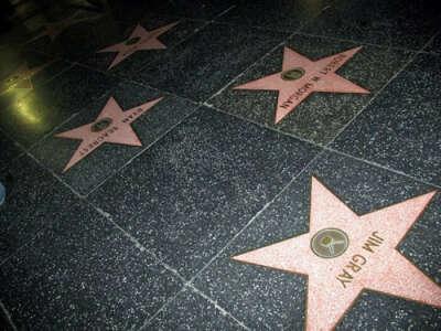 Стать знаменитым
