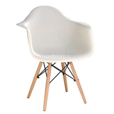 Стул-кресло  белое в стиле Eames