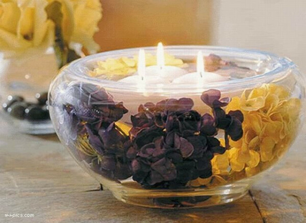 Много разных и красивых свечей