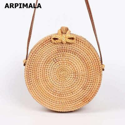 Соломенную сумку круглая