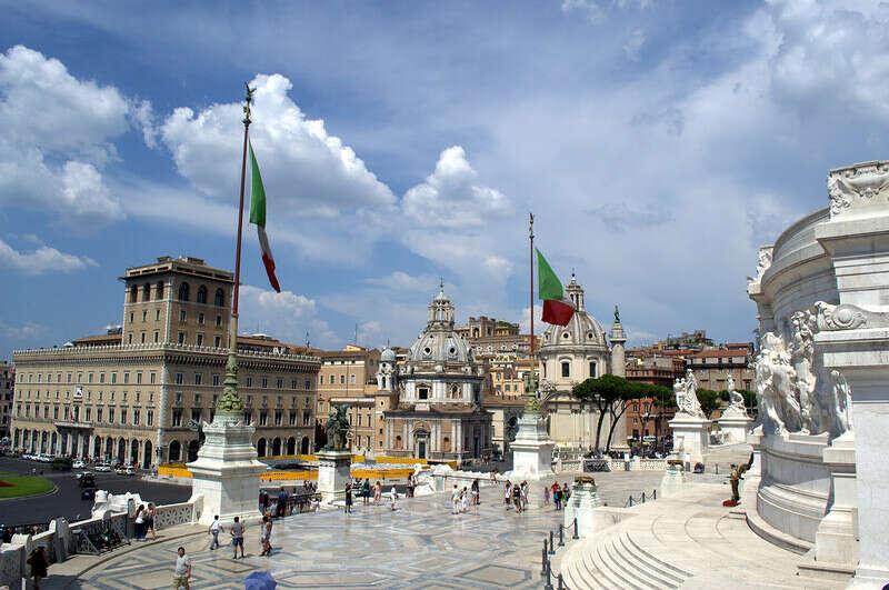 Поехать в Рим на неделю