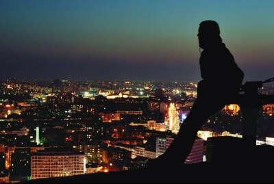 Провести ночь на крыше