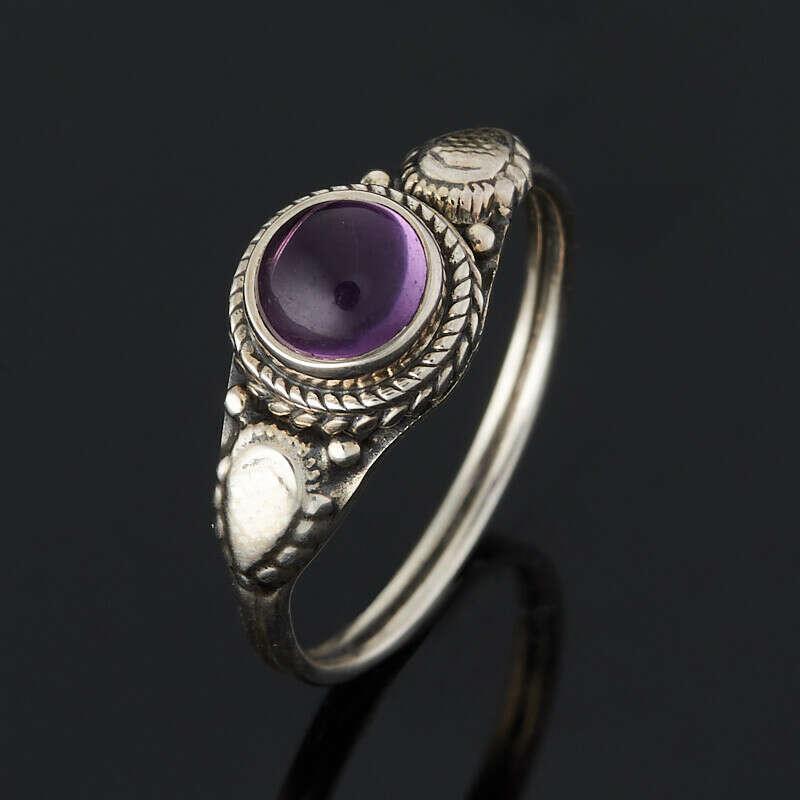 Кольцо аметист Бразилия (серебро 925 пр. оксидир.)
