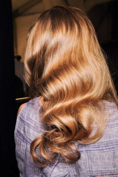 Летом осветлить волосы