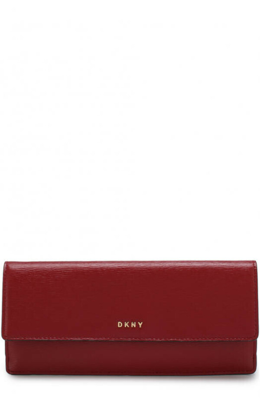 Кожаный кошелек с клапаном и логотипом бренда DKNY красного цвета — купить за 6695 руб. в интернет-магазине ЦУМ, арт. R7413098