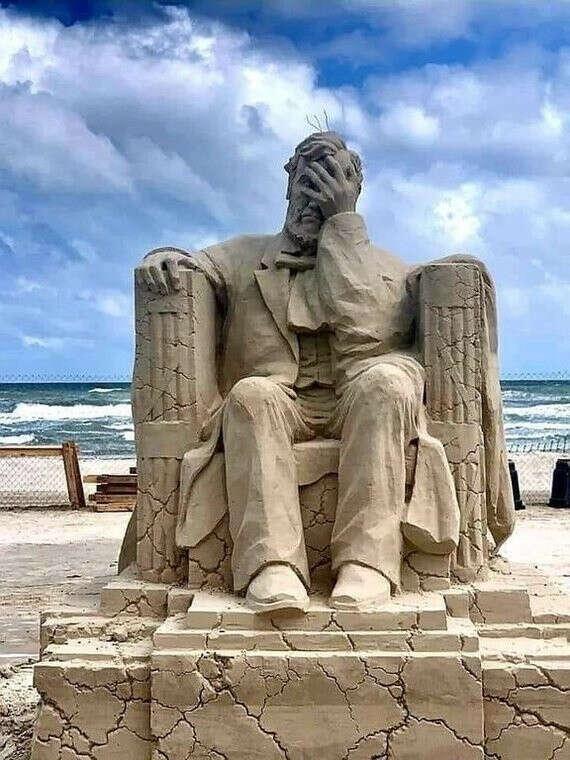 Побывать на фестивале песчаных фигур