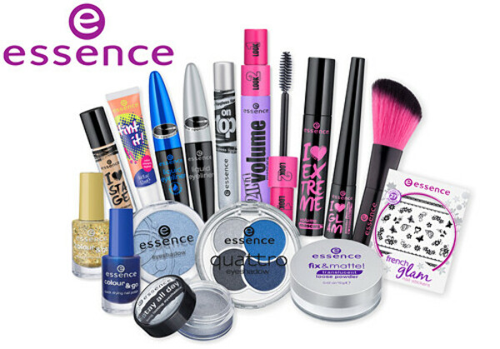 Большой набор косметики фирмы essence.