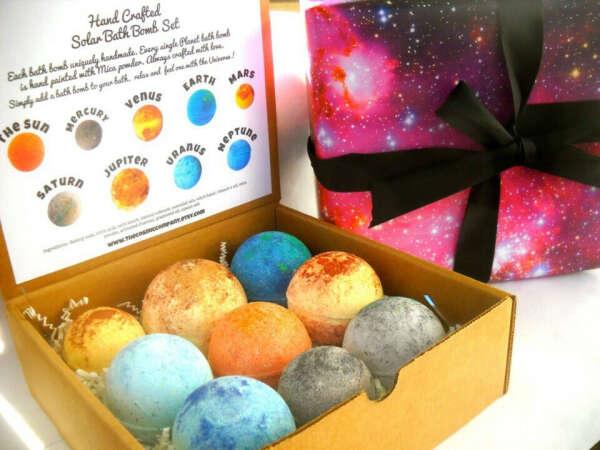 Solar system bath bomb set