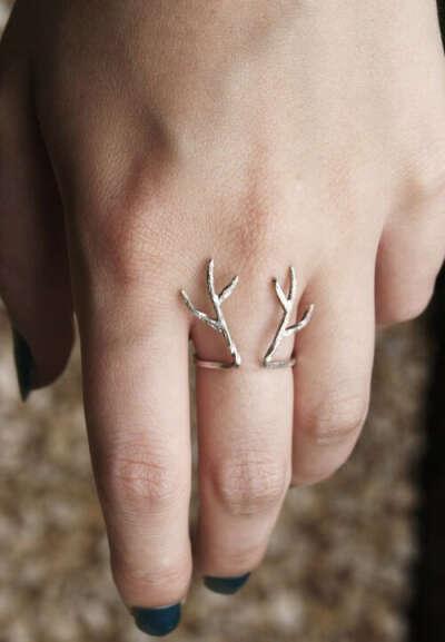 Кольцо с оленем